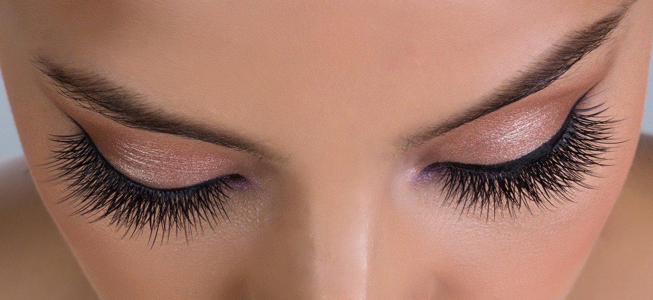 How To Make Eyelash Extension Look Natural